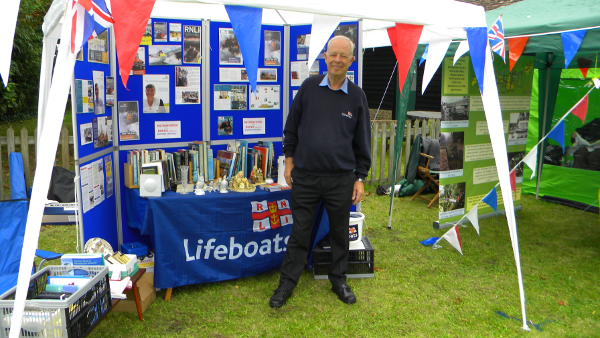 RNLI Collection at Dapdune Wharf, Guildford